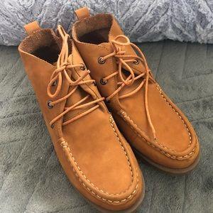 Khaki color short boots